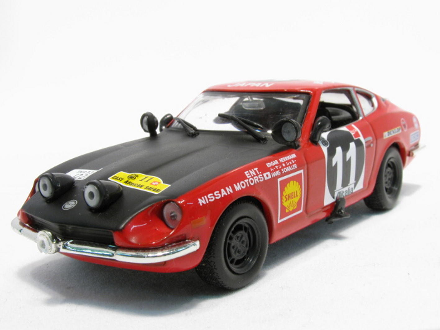 DATSUN 240Z Safari Rally 1971 #11